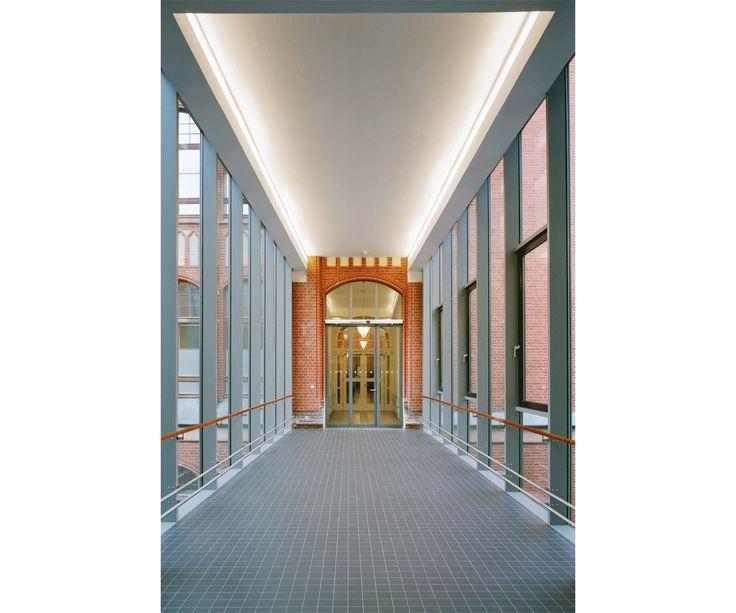 Hospital Psiquiátrico St. Hedwig, Berlim - Jürgen KSP Engel Architekten