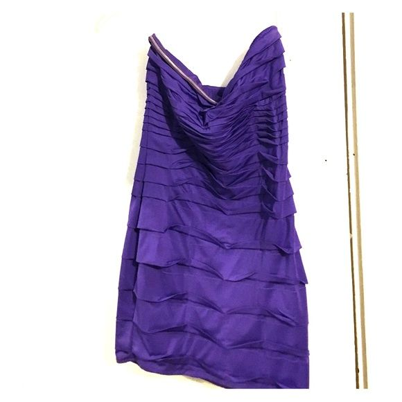 Purple strapless cocktail dress Worn only twice! A strapless purple dress. Fits tight. Great for going out in! Nikibiki Dresses Mini