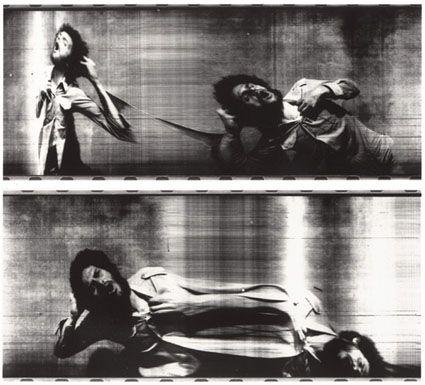 """Paolo Gioli, """"Urtato ripetutamente dai suoi colpi"""", 1975, fotofinish, stampa bianco e nero, misure variabili"""