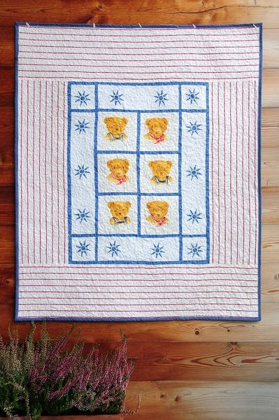 Perfect  quilt for your baby. Little Bear - Frela. Patchwork