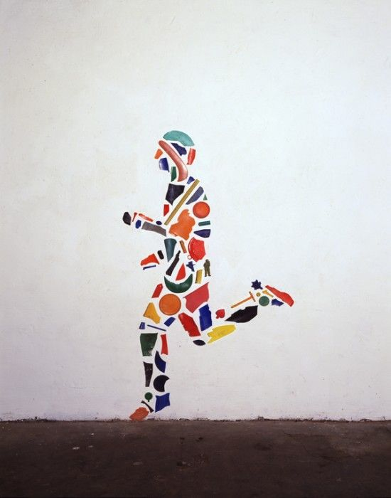 Tony Cragg, Runner  https://www.nationalgalleries.org/whatson/exhibitions/tony-cragg-sculptures-and-drawings/beginnings  http://www.bbc.co.uk/schools/gcsebitesize/art/imagepopup/tonycragg_flash.shtml See art class: http://www.ac-grenoble.fr/ecoles/vienne2/spip.php?article1717#