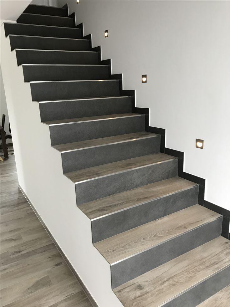Treppe Fliesen In Holzoptik 2 Verschiedene Farben
