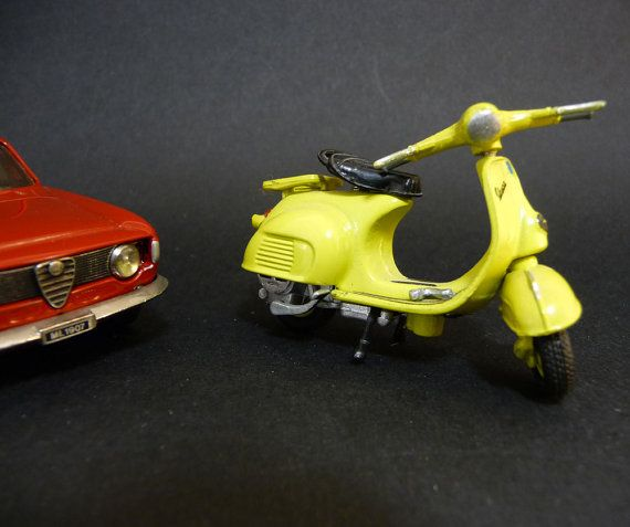 #VogueTeam #Vintage Miniature Italian Scooter Vespa Piaggio Yellow Dolce Vita Italy Sixties 60's scale 1/43  Vintage gift idea fathers day mothers day