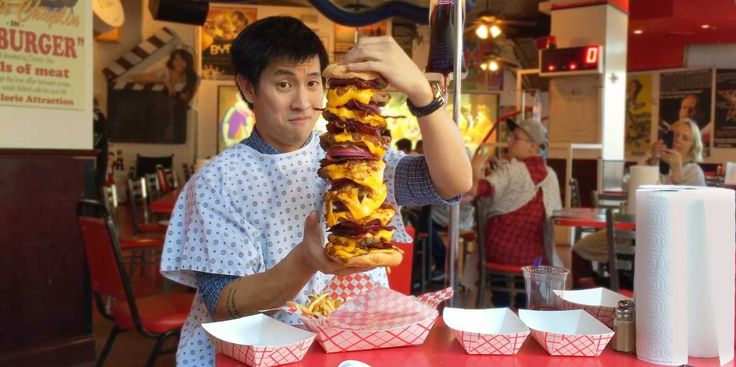 We Tried A 20,000-Calorie Burger From The Heart Attack Grill  Read more: http://www.businessinsider.com/heart-attack-grill-burger-las-vegas-2015-1#ixzz3PXIcOFaR VIDEO: They call it the Octuple Bypass Burger.