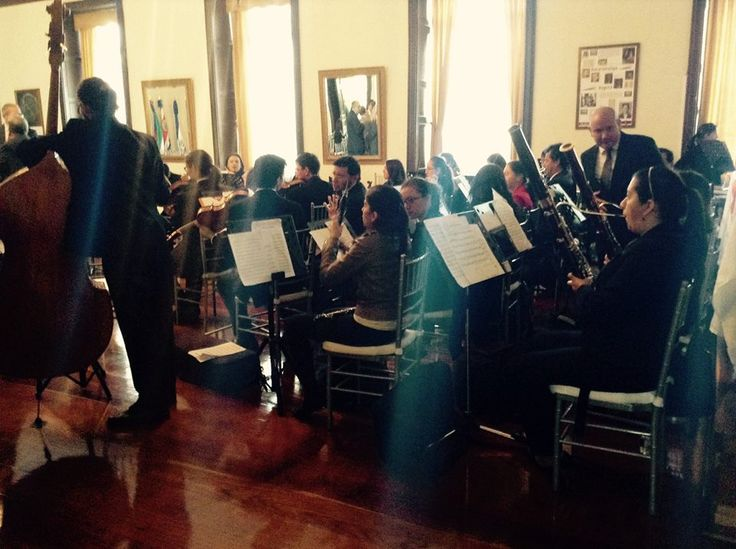 in concert with the Symphony Orchestra of the University El Bosque