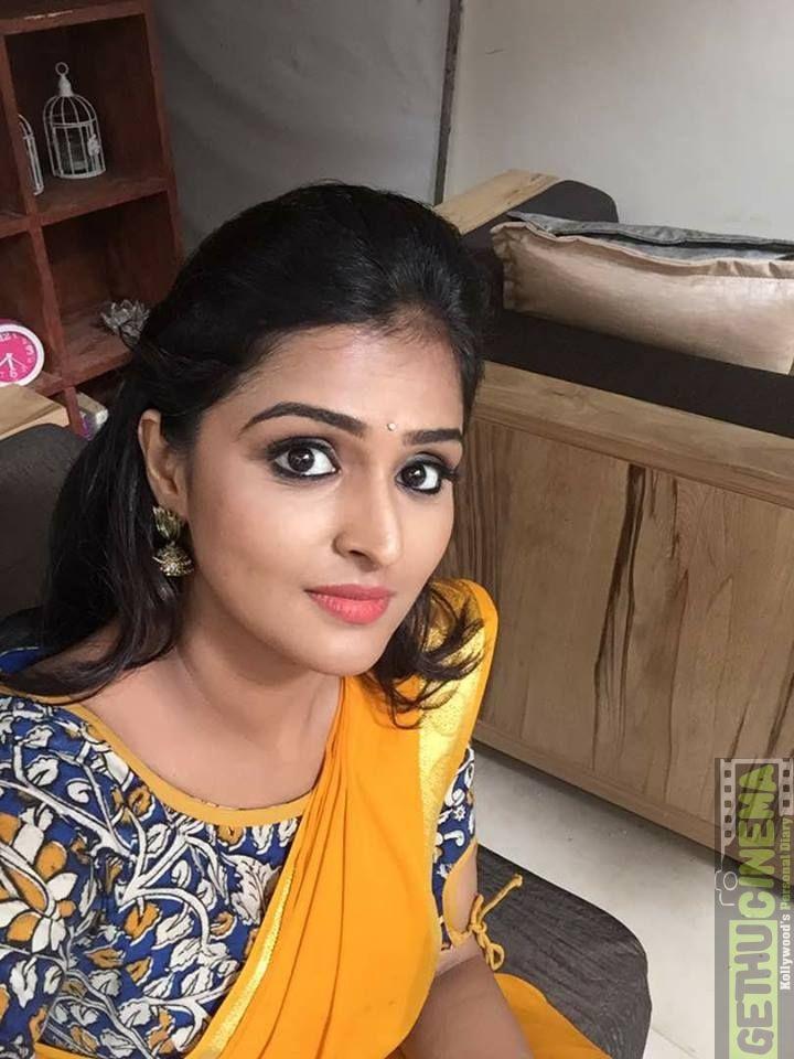 Remya Nambeesan  Actress Remya Nambeesan  Cute Hd Stills Tag Remya Nambeesan Sathya Acytress At Event Pictures Saree Stills Remya Nambeesan Cute