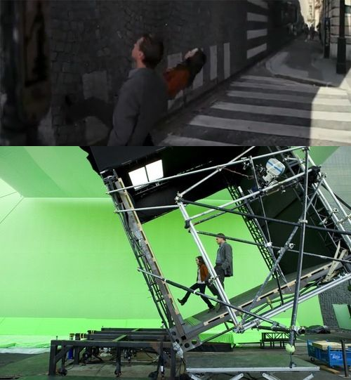 """Rather than going full CG, Christopher Nolan used some practical effects in addition to the green screen in """"Inception""""."""