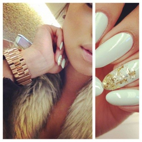 Loving the almond/round nails trend. I am super bored of the square nails… And love the gold flakes!!!