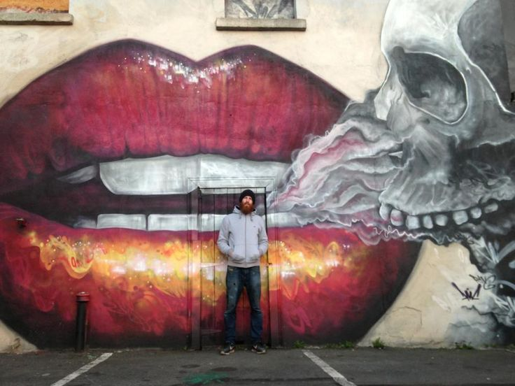 Street ART. #graffiti #mural Artist Dermot McConaghy. Kiss of Death.