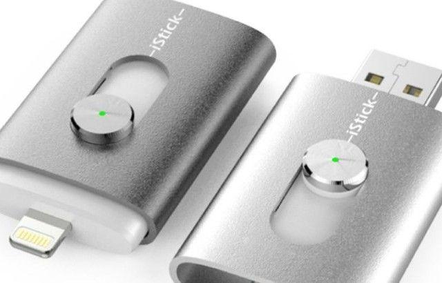 Llega la primera memoria USB para el iPhone, iPod y iPad: iStick http://www.revistaexclusiva.com/?p=8920