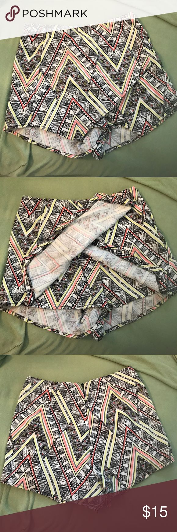 Aztec Print Shorts with front flap detail Aztec Print shorts with front flap detail UK Size 6. (Runs small) zipper back closure factorie Shorts