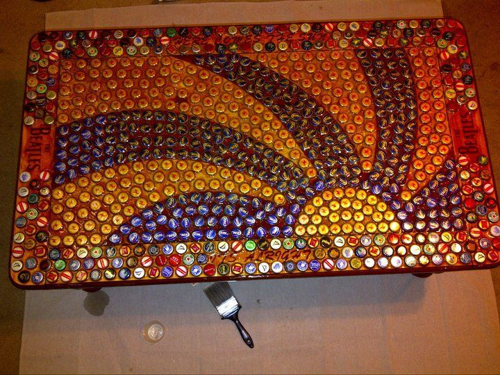 1000 images about bottle cap crafts on pinterest bottle for Bottle top art projects
