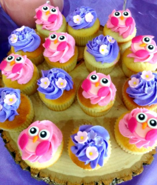 Cupcakes at a Owl Party #owlparty #cupcakes