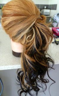 If I could only do this myself!  I have the length but not the talent....How-to: curly side ponytail , that's really pretty ;o