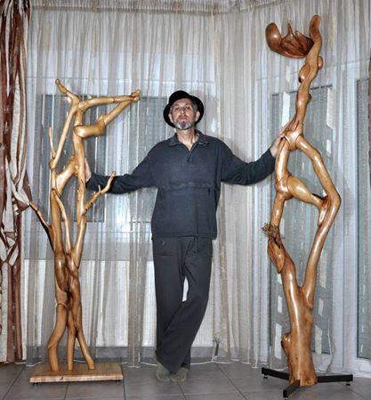 RENTAS  CHRISTOS artist member of ALESARTE the online ART gallery