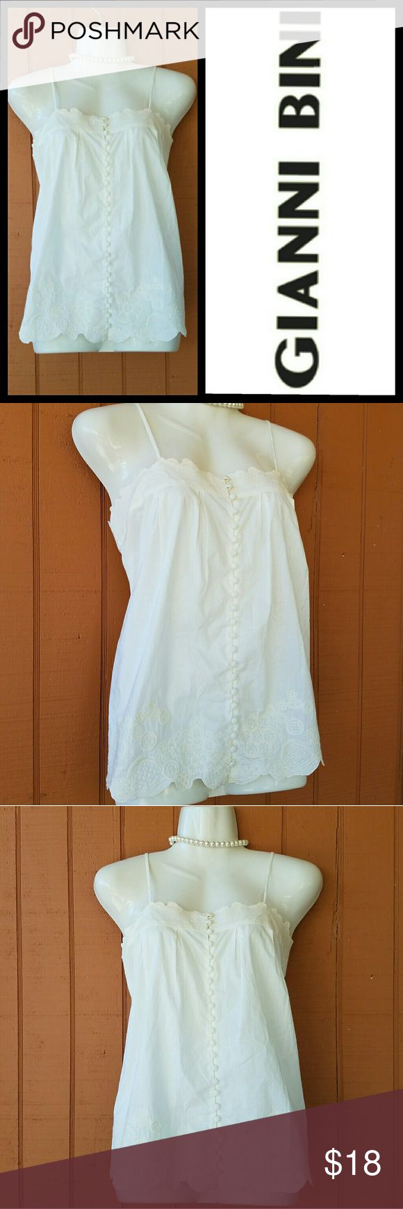 GIANNI BINI COTTON SPAGHETTI TOP SZ 6 CUTE GIANNI BINI TOP ADJUSTABLE STRAPS 100% COTTON FLAWS:MAKEUP STAIN INSIDE AND OUT PLEASE SEE PICTURES #7 AND #8(MAY BE REMOVED) OVERALL IN OK PRELOVED CONDITION Gianni Bini Tops Blouses