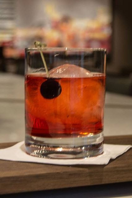 Today's featured holiday cocktail is the Cranberry Old Fashioned... because nothing says Christmas like cranberries! #12CocktailsofChristmas