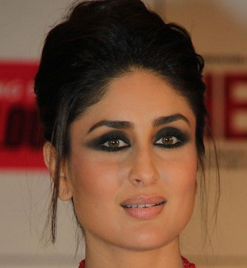 Kareena kapoor glamour makeup wow beautiful