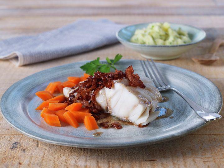 Lettsaltet torsk med stekt bacon