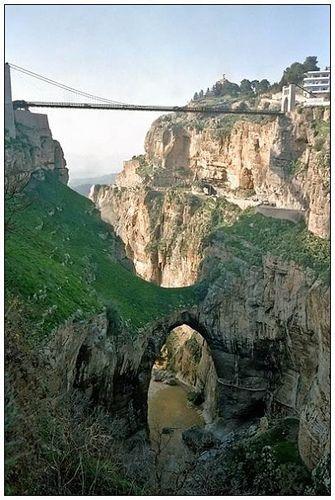 قسنطينة مدينة الجسور المعلقة c0378bf5eb9c7df78ef346ef39c9266c.jpg