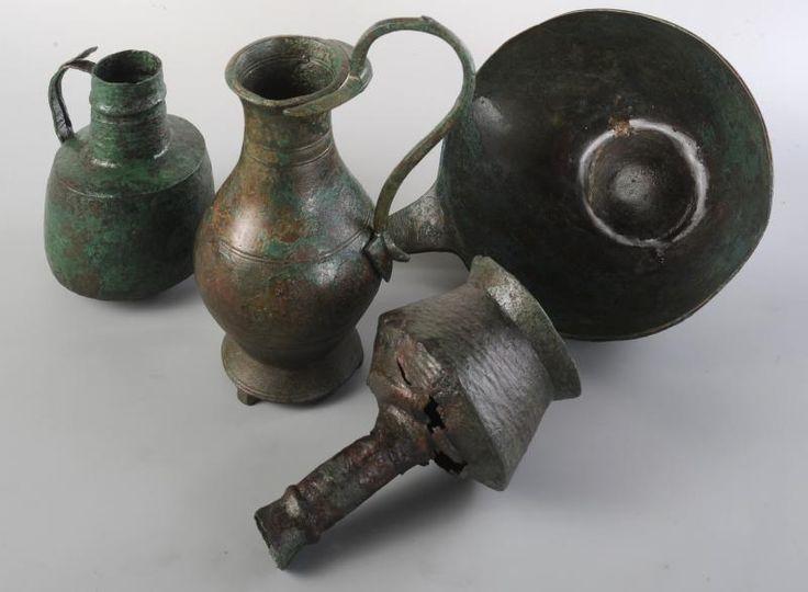 Vasellame bronzo fuso