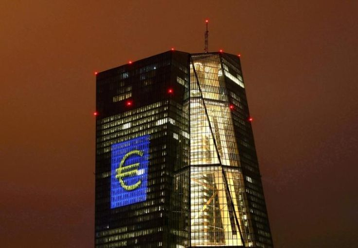 Exclusive - Top French banks sue ECB to reduce capital demands | Reuters