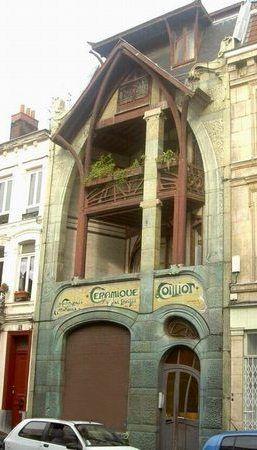 La maison art nouveau des céramiques Coilliot à Lille. Carrelages artistiques.