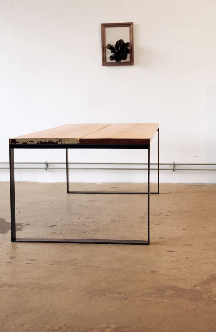 ET001_ Dining Table by Kerti