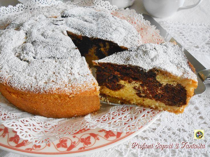 Torta soffice alla panna e cacao, il nome già dice tutto, ogni boccone di torta si scioglie in bocca lasciando il fantastico sapore di panna e cacao.