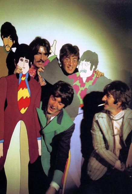 "Historia The Beatles (Fab Four): ""YELLOW SUBMARINE"" - album"