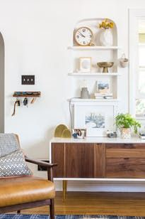 Blogger and designer Megan Martinez has created a beachy vibe in this Santa Monica home.
