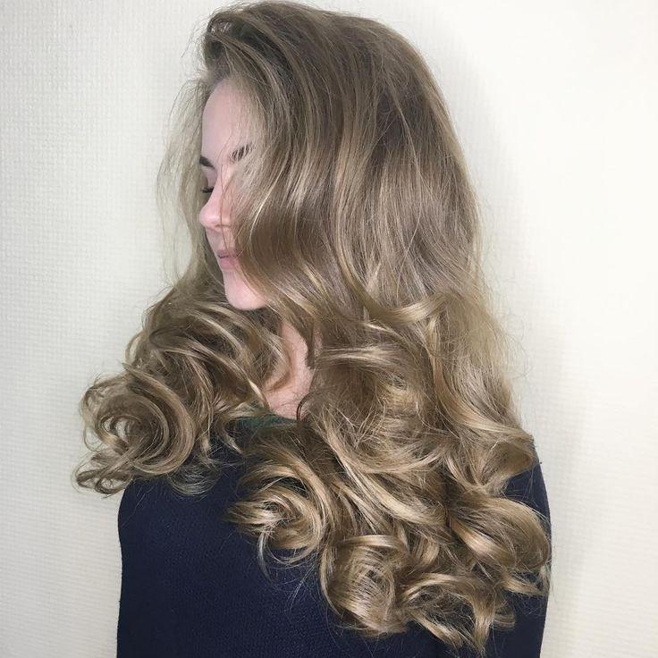 ИЩУ 4 МОДЕЛЕЙ НА ЗАВТРА НА 15.30 НА ПРИЧЁСКУ БЕСПЛАТНО М МИНСКАЯ! Средняя длина волос Заявки и фото волос пишите в Вайбер 063-59-121-69
