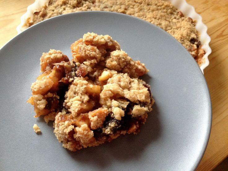 Gluten-free apple and dried fruits crumble / Bezglutenowe crumble z jabłkami i suszonymi owocami