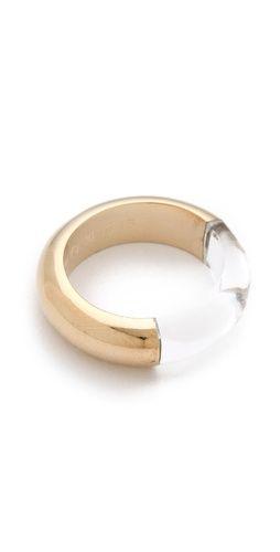 Gold | ゴールド | Gōrudo | Gylden | Oro | Metal | Metallic | Shape | Texture | Form | Composition | Maison Martin Margiela illusion ring