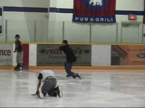 ▶ Karen Youth experience hockey through PuCKS - Langley, B.C. 2009 - YouTube