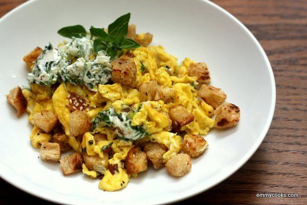 Weekend Scrambled Eggs with Croutons and Herbed Cream Cheese. My ...