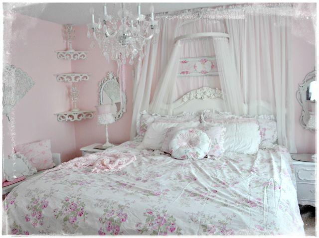 Not So Shabby   Shabby Chic: New Simply Shabby Chic Bedding