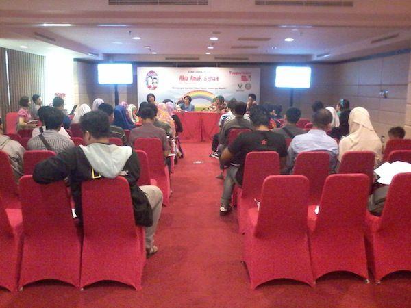 Untuk kedua kalinya Tupperware Indonesia kembali berkunjung ke Pontianak dalam rangka kegiatan penyuluhan mengenai pendidikan kesehatan bagi anak-anak sekolah dasar.