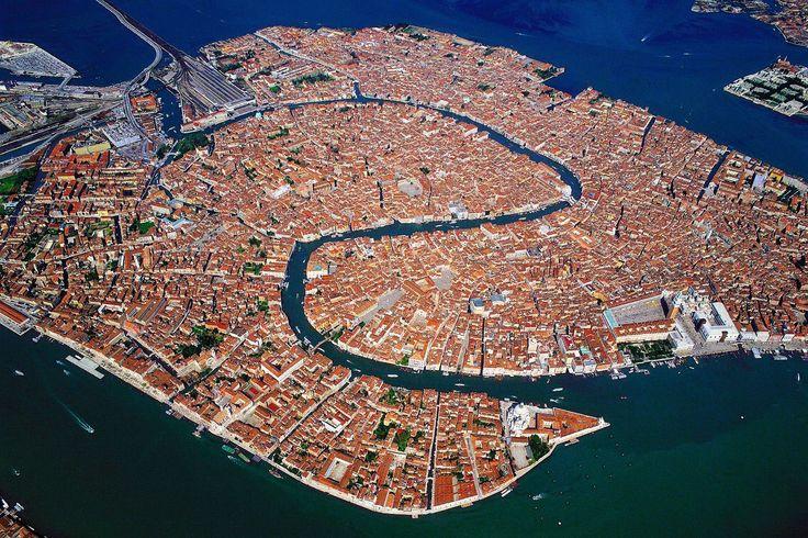 Venise vue des cieux