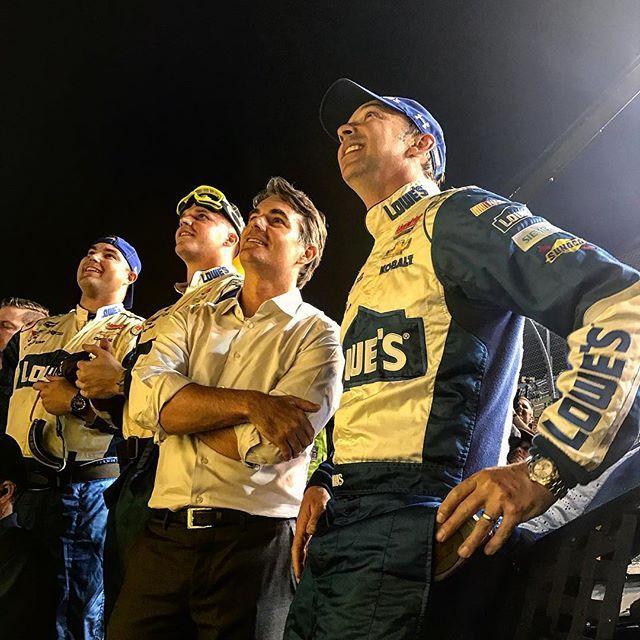 @teamhendrick Car Owner & Crew Chief #Se7en #NASCAR [Instagram @johnnymacops]