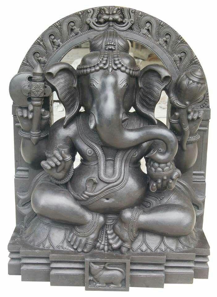 Shree Mahalasa Ganesha Temple, Hanakona near Karwar, Karnataka