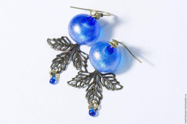 Купить Серьги лэмпворк Синий иней - синий, сапфир, лэмпворк, авторский лэмпвор, листья