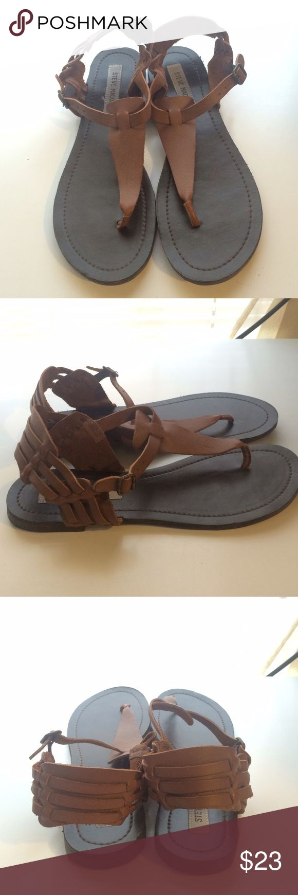 🆕 Steve Madden Listing! Brown Leather Sandals Awesome brown leather Steve Madden sandals size 8.5 with a fun woven look. Very comfortable and versatile. Great condition, worn a handful and stored, very light wear (see pics). Sorry, no trades. Steve Madden Shoes Sandals
