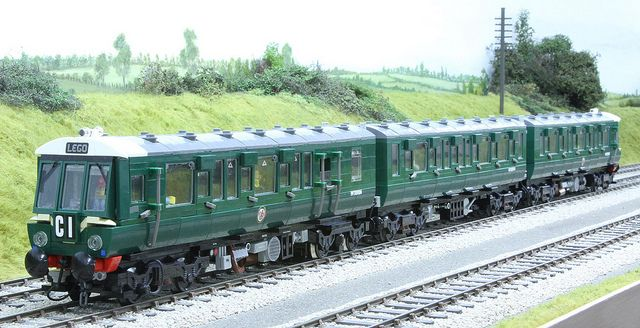 LEGO class 116 DMU DCC at PW's HiDef | Flickr - Photo Sharing!
