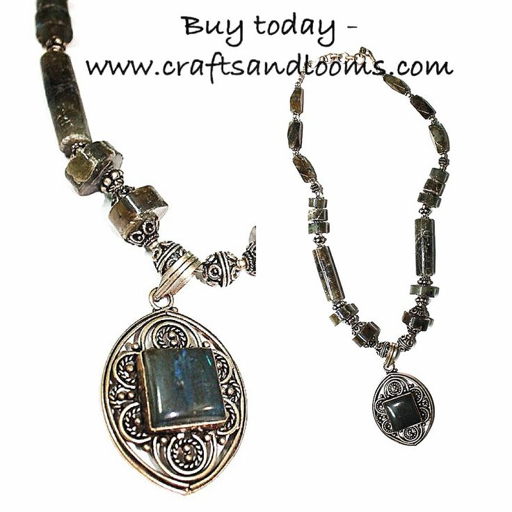Ethnic yet chic. Handmade necklaces at www.craftsandlooms.com    #handmade #necklaces #stonework #antique #handmade #handwork #handmadewithlove #instalike #instashop #madeinindia #craftsandlooms #jewellery #jewels #fashion #partywear #dailywear