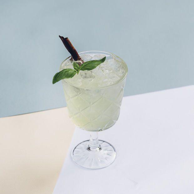 Marie Claessens van TheMocktailclub was op zoek naar alternatieven voor zoete frisdranken. Ze stelde een speciale Tournée Minérale Mocktail - een niet-alcolholische cocktail - samen naar aanleiding van de Tournée Minérale.