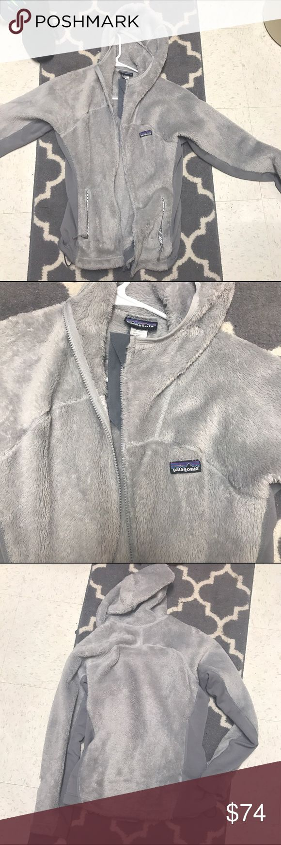 Patagonia Fleece Jacket authentic Like new! Bought last winter, Excellent condition, very warm and soft Patagonia Jackets & Coats