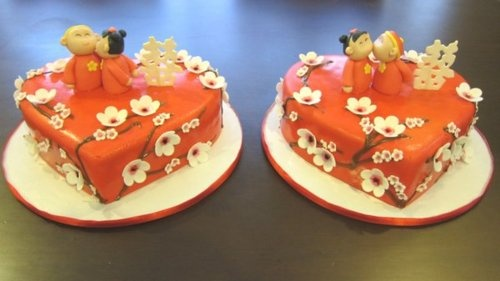 Chinese engagement cakes
