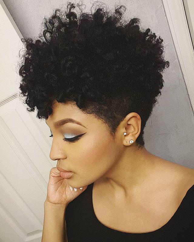 Gooooooodnight!!! Late night #hairspiration  #twistandcurl #taperedcut #naturalhair