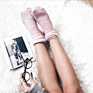 Cosy Mornings | Flatlay #flatlay #socks #minimal #mininalism #magazine #glasses #cosy #cozy
